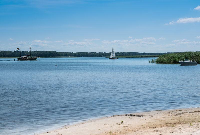 Boote im Stettiner Haff